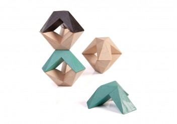 Triada Star - 18 wooden pieces